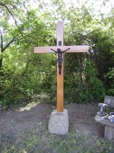 Neues Kreuz am Heckenplatz